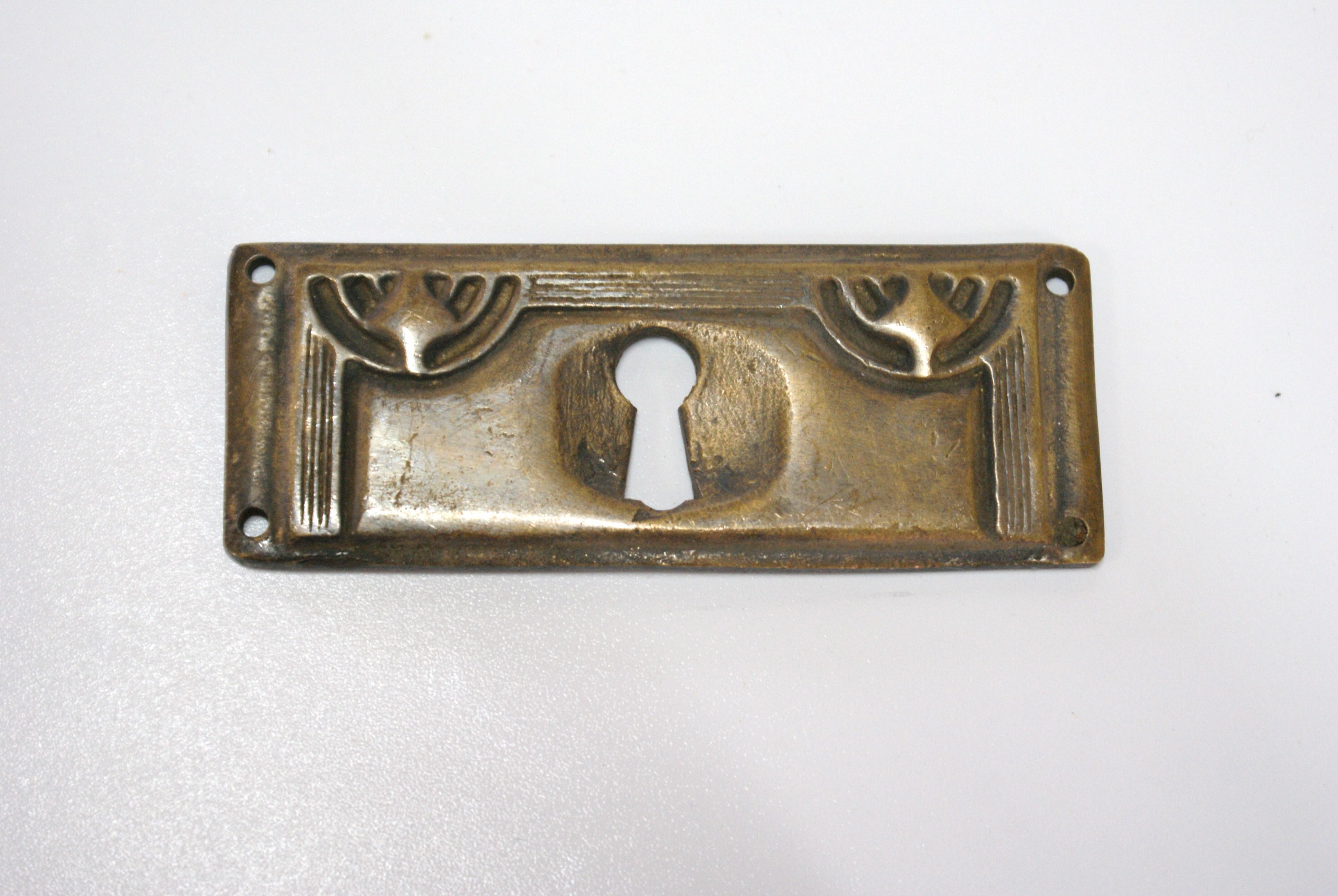 Jugendstil sleutelplaat lade