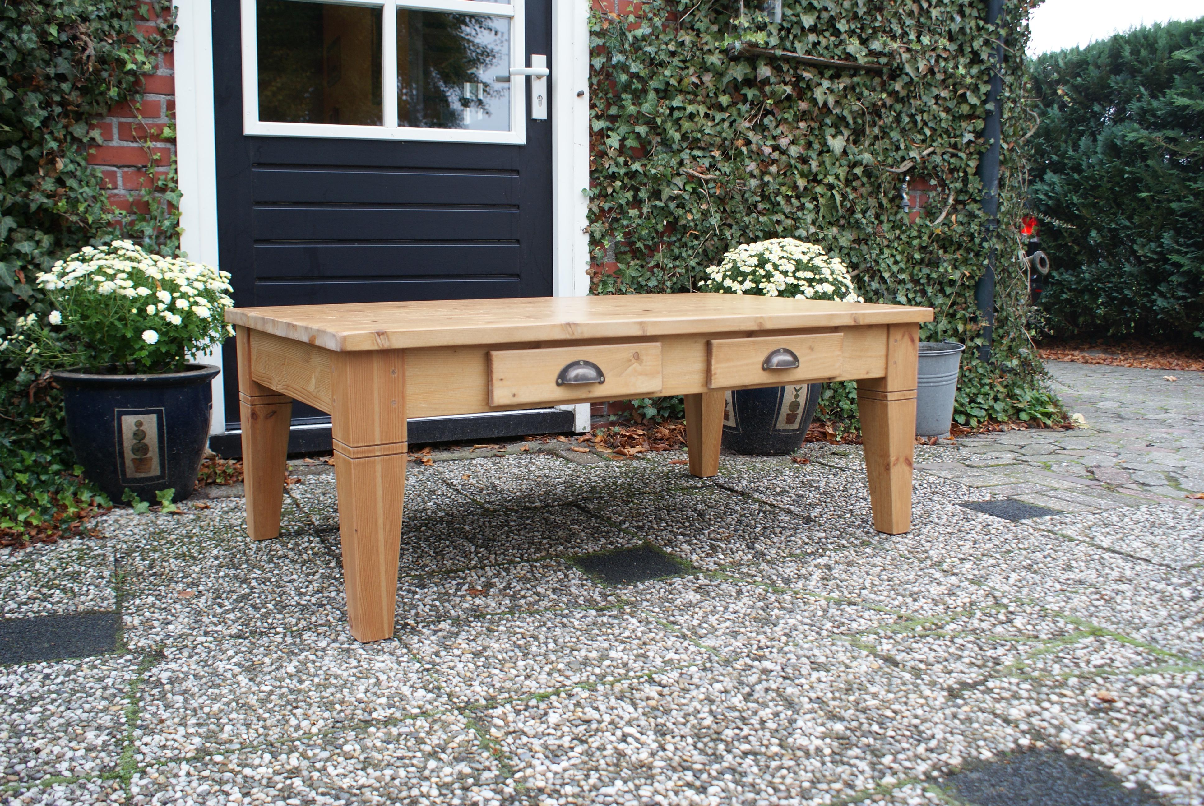 Antiek grenen salontafel