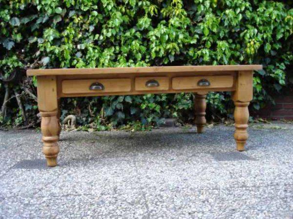 Engels grenen salontafel
