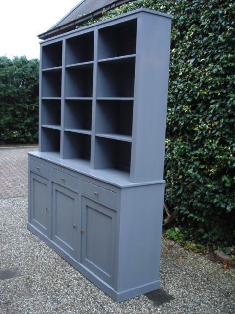 Boekenkast op maat boekenkasten meubelmakerij de grenenhoeve - Planken maken in een kast ...