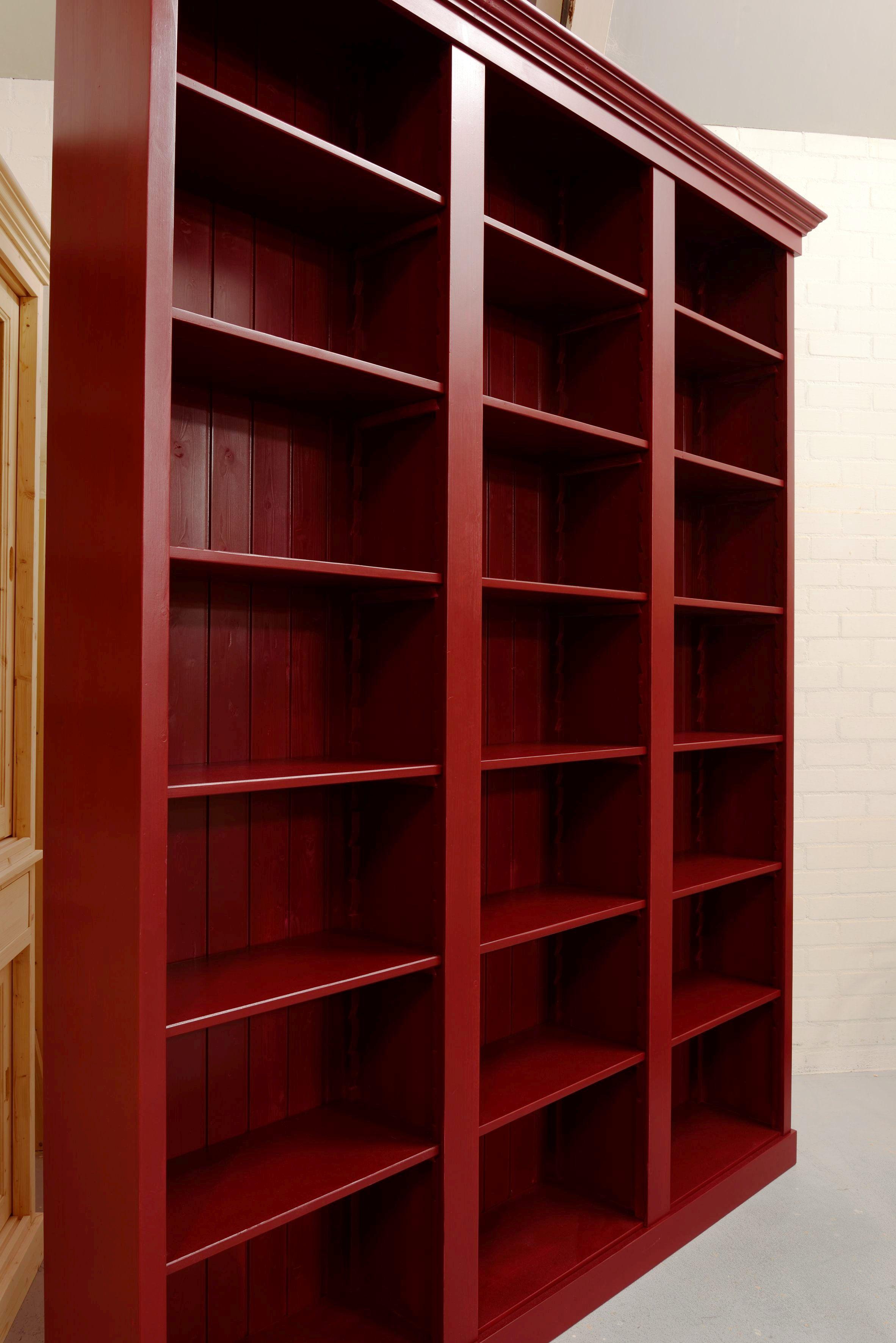 Boekenkast rood - Maatwerk in boekenkasten - de Grenenhoeve