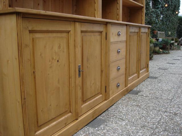 Grenen boekenkast Leeuwarden - Boekenkasten op maat - Grenenhoeve