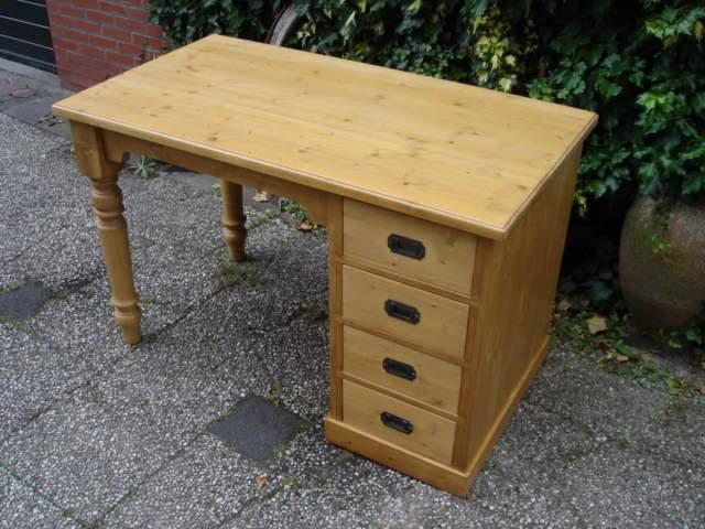 Grenen bureau tafelmodel bureau s op maat de grenenhoeve for Ladenblok op bureau
