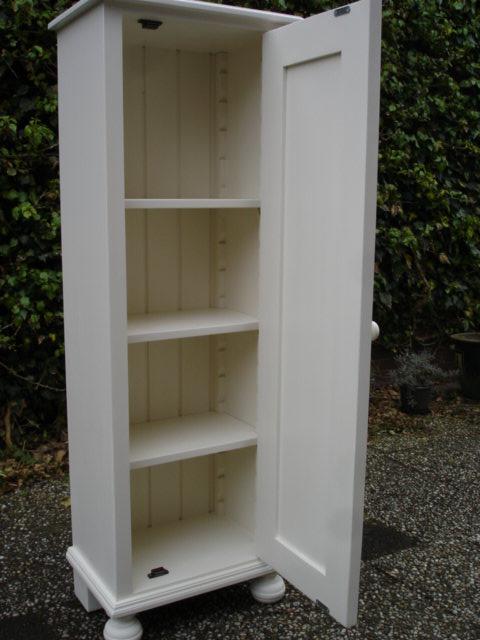 Smalle Witte Kast.Extreem Hoge Witte Kast Ttc33 Agneswamu