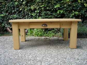 geloogd grenen salontafel lade
