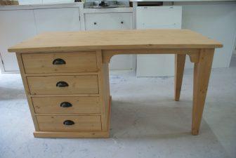 houten tafelbureau