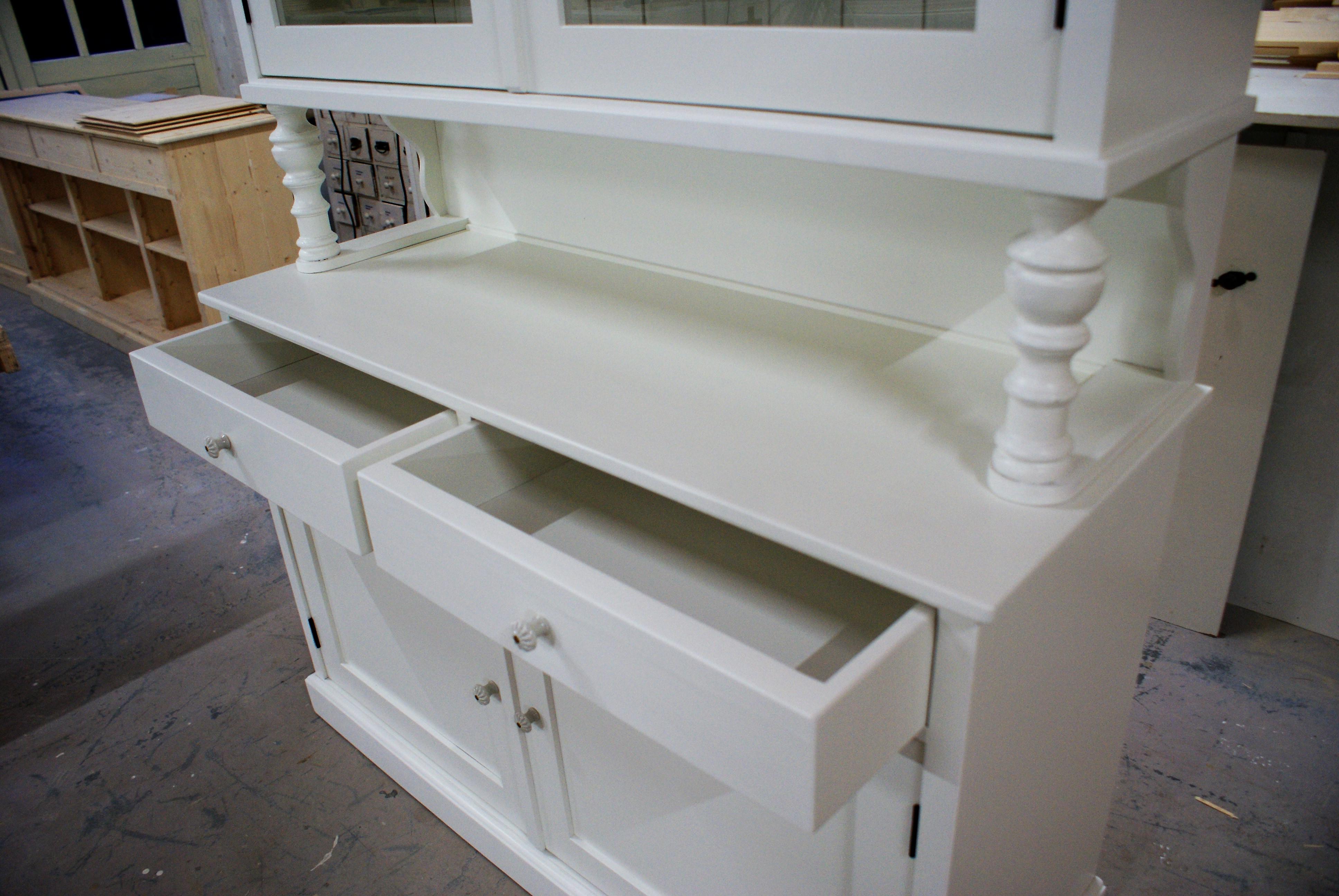 buffetkast wit op maat gemaakt vindt u bij meubelmakerij de grenenhoeve. Black Bedroom Furniture Sets. Home Design Ideas