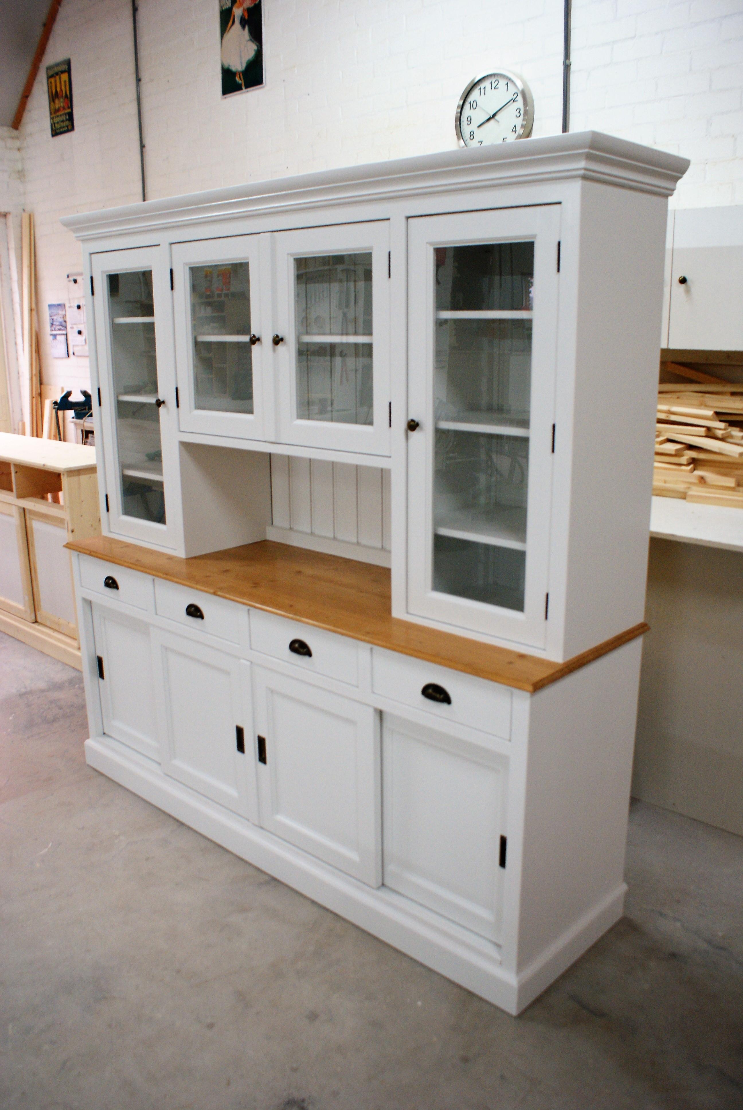landelijke buffetkast op maat nodig die vindt u bij de grenenhoeve. Black Bedroom Furniture Sets. Home Design Ideas
