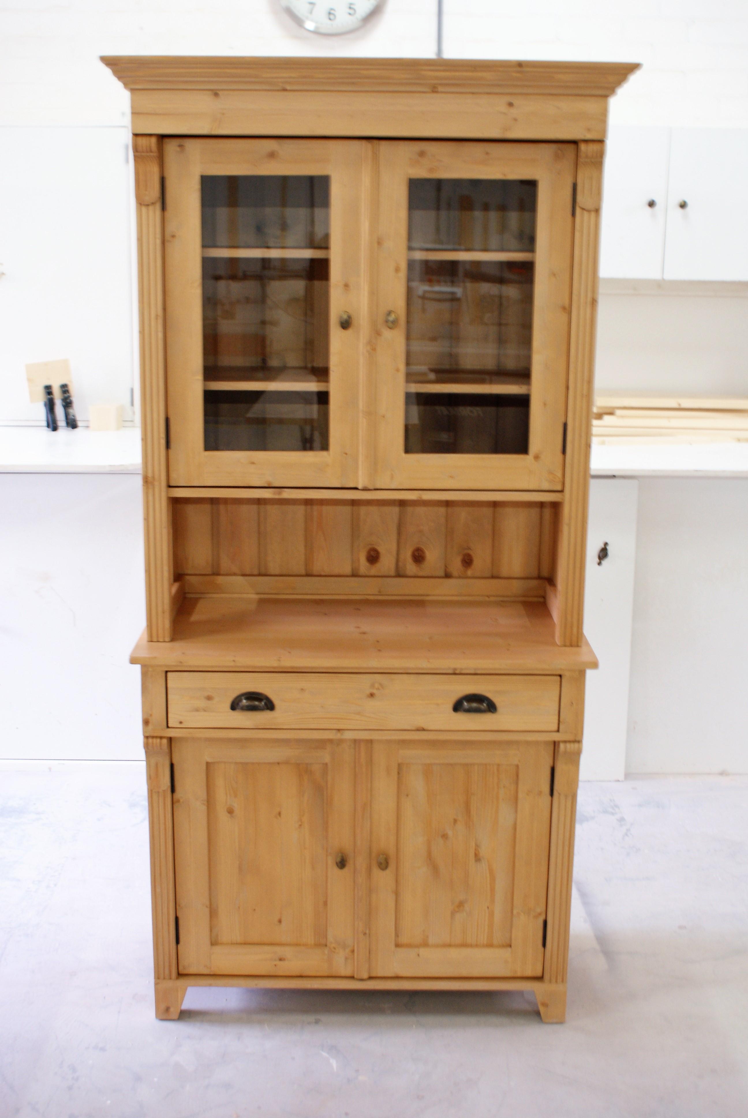 Antiek Grenen Winkelkast.Grenen Buffetkast Antiek Model