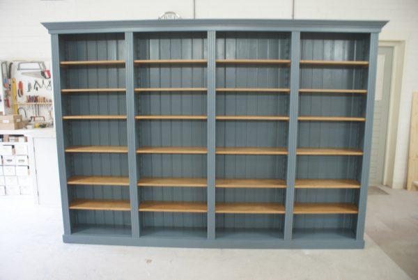 landelijke boekenkast op maat